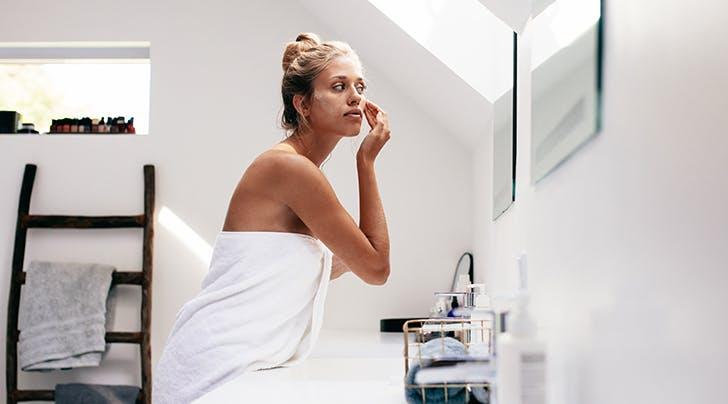 Ο πιο εύκολος τρόπος να διαλέξεις τη σωστή απόχρωση make-up!